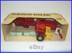 1/16 NEW HOLLAND SMALL SQUARE BALER NIB free shipping