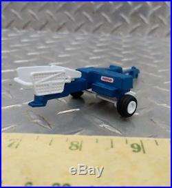 1/64 Custom Ertl Farm Toy Ford Blue Small Square Baler Hay Straw New Holland
