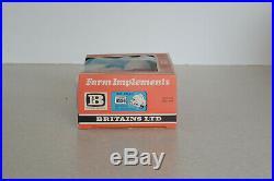 Britains 9556 New Holland Hay Baler 132 scale model RARE ORIGINAL BOX