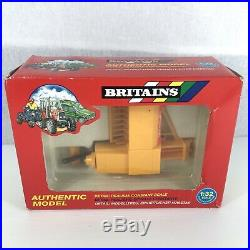 Britains Authentic Model 9556 New Holland Baler 132 Scale Boxed