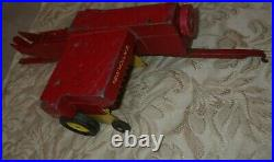 ERTL NEW HOLLAND TOY HAY BALER + MANURE SPREADER 1/16 SCALE PARTS to switch TIRE