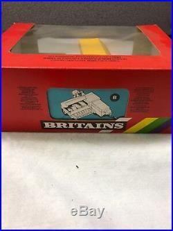 Nib Vintage Britians 940 Sperry New Holland 1/32 Square Baler Toy Replica #9556