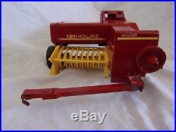 Vintage ERTL New Holland'Hayliner' 1/16th Scale Square Baler