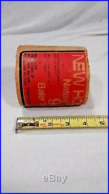 Vintage New Holland Natural Fiber 9 Hay Baler Twine Salesman Sample Package Roll
